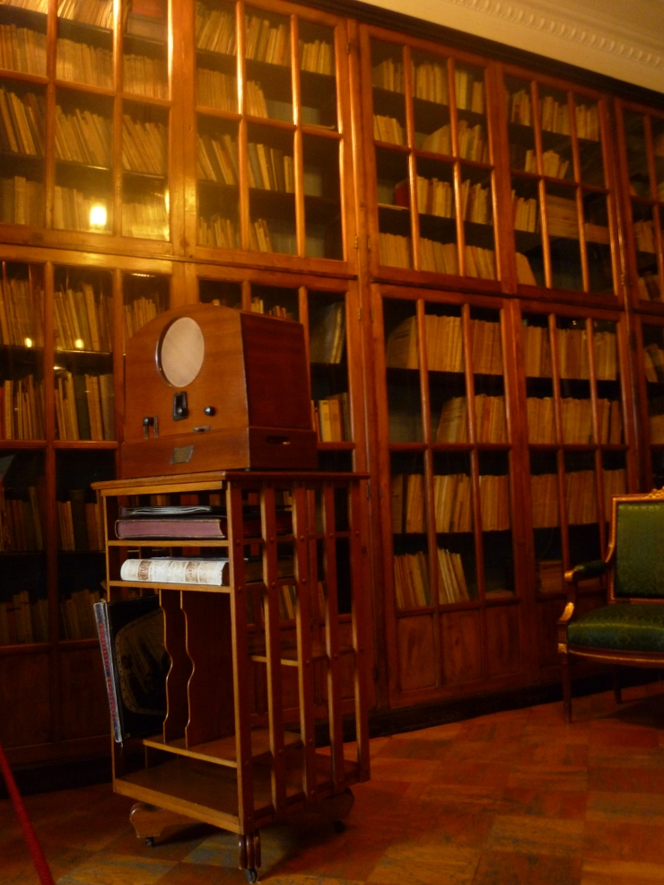 Kirov's library