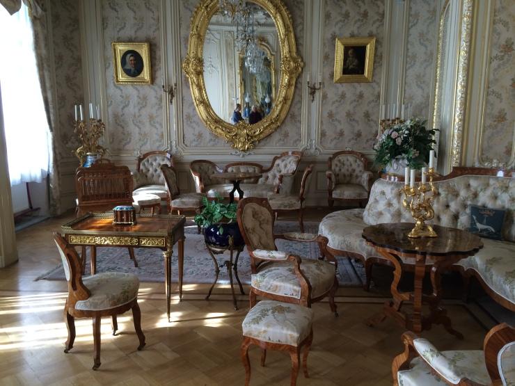 Yusupov sitting room